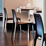 Frida es una silla que incorpora una tecnología sofisticada y representa a su vez un hito en el tratamiento de la madera.