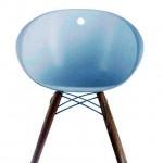 Gliss-Wood 904 La silla Gliss Wood se dedica a quien quiera relajarse sin renunciar a funcionalidad y elegancia.